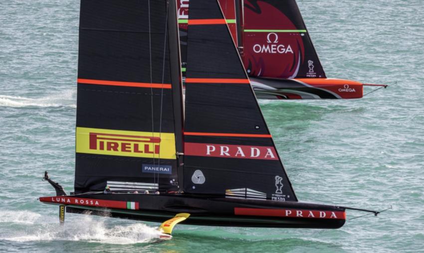 Luna Rossa Prada Pirelli Emirates Team New Zealand